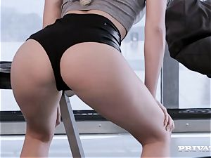 Blanche Bradburry dirty dances Her bubble bum on a thick sausage