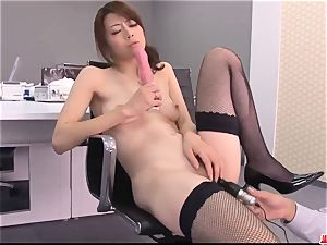 Maki Hojo outstanding scenes of dazzling pornography at the office