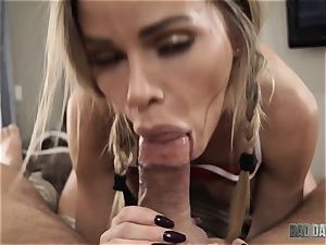 Jessa Rhodes blows off stepdaddy pov fashion