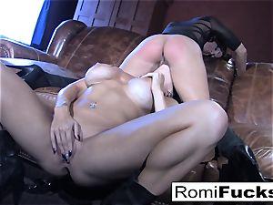 Romi Rain sizzling girly-girl orgy