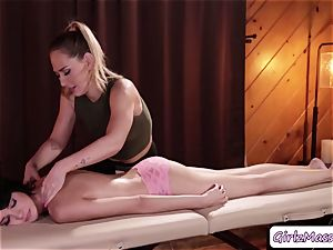 masseuse Carter Cruise puts yoni eggs Cadey Mercurys twat and gobbles it