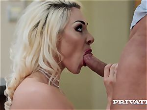 Private.com busty Victoria Summers boinks in tights