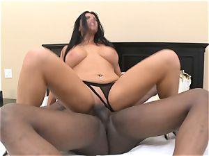 Romi Rain takes hefty black sausage in her raw crevice