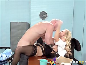 wonderful office honey Alix Lynx takes a 2nd helping