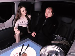 drilled IN TRAFFIC Steak and blowjob Day backseat ravage