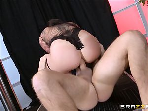 pole dancing London Keyes takes it deep in the arse