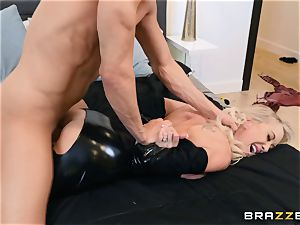 Brandi love smashed in her raw cunt