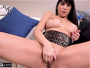 plow Real milfs Latina Mercedes gives a messy dt