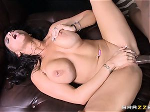 Romi Rain bangs her super hot black trainer in front of her man