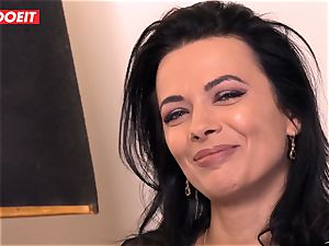 LETSDOEIT - Romanian hotty Creamed By a French chisel