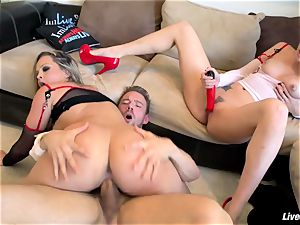 LiveGonzo AlexisTexas, ToriBlack Fetish three-way Nurse