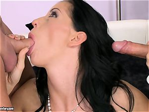 hard-on hungering fuckslut Larissa Dee is gargling one pole at a time with sensation