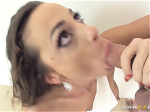 muddy lady Abigail Mac gets torn up in the kitchen
