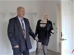 AgedLovE Mature gal Lacey Starr gargling rock-hard jizz-shotgun