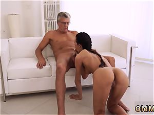 Blue eyes blow-job hd ultimately she s got her manager man rod