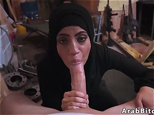 Arab coochie fingerblasting very first time manstick wishes!