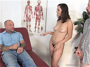 Jade Nile Has Her spouse fellate rod and witness Her
