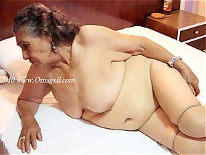 OmaGeiL Collecting Mature and grandma photos