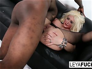 warm ample tittie blondie Leya gets her arse porked