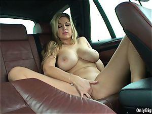 Carol Goldnerova likes Backseat fun