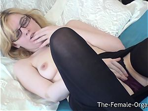 unspoiled Finger fondling milking Coed with super-cute bumpers